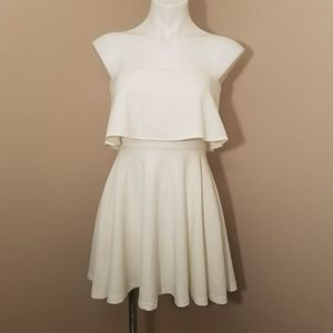 Windsor Pelham cream mini dress size small